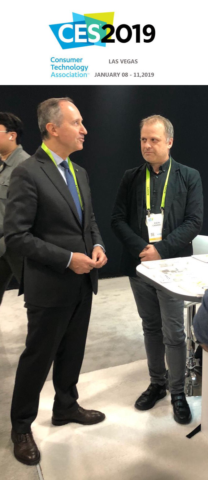 Foto: CES 2019 Las Vegas  Armando Varricchio is the Ambassador of Italy to the United States, Pascal Casadei Wikifriend Smart Home
